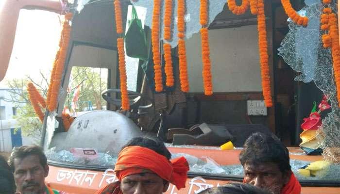 WB Assembly Election 2021: মানবাজারে Abhishek-এর সভার অদূরেই BJP-র প্রচার রথে ভাঙচুর