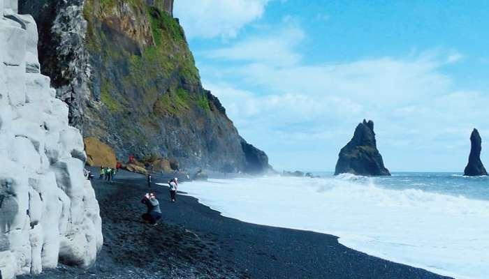 Iceland-য়ে চল্লিশ হাজার Earthquake মাত্র চার সপ্তাহে! জেগে উঠেছে Volcano