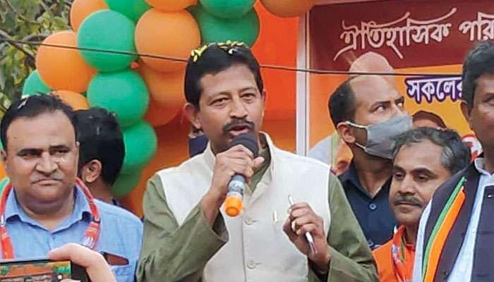 WB Assembly Election 2021: কীভাবে রাজ্যে সুষ্ঠু নির্বাচন সম্ভব, বর্ধমানে বিস্ফোরণে শিশুমৃত্যু নিয়ে কমিশনে Rajib