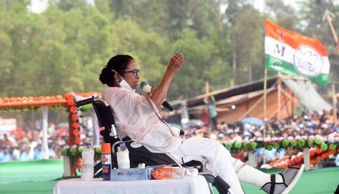 'সংখ্যালঘুর ভোট ভাগ করতে টাকা দিয়ে নতুন দল এনেছে BJP', নাম না করেই ISF-কে তোপ মমতার