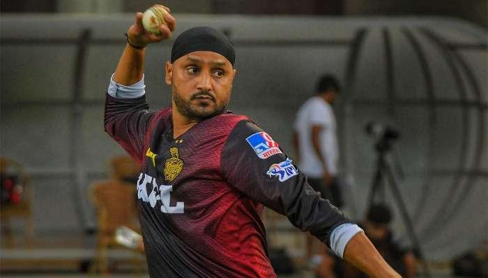 IPL 2021:বদলে গিয়েছেন Harbhajan Singh! নতুন ভাজ্জিতে মোহিত Dinesh Karthik