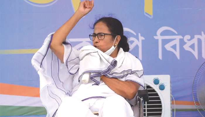 WB Assembly Election 2021: নন্দীগ্রামে এক TMC কর্মী মারা গিয়েছে; কেউ গ্রেফতার হয়নি, হাতে পুলিস থাকলে দেখিয়ে দিতাম: Mamata
