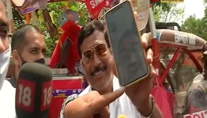 In the midst of excitement, ice cream in Sabyasachi's hands, video call to Sabyasachi Dutta by Suvendu Adhikari