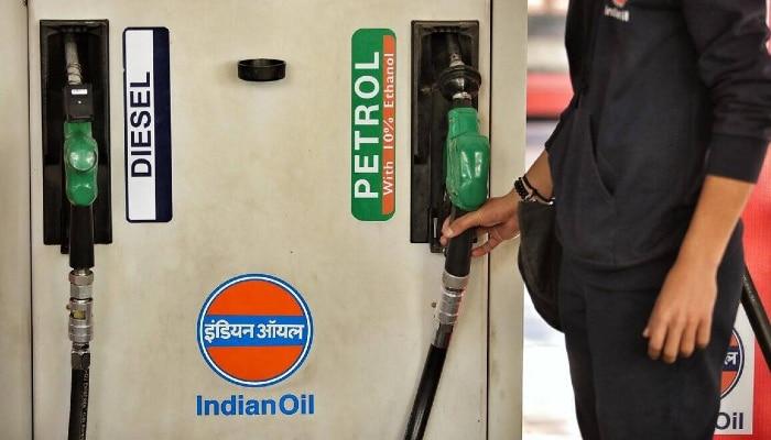 Fuel Price Hike: সর্বকালীন রেকর্ড! কলকাতায় ৯০ পেরোল Diesel, সেঞ্চুরির কাছে Petrol
