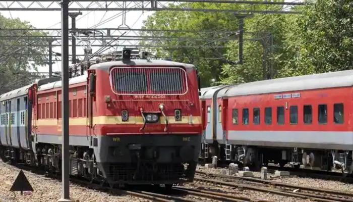 WC Railway Recruiment 2021: স্টেশন মাস্টার পদে নিয়োগ রেলের, জানুন বিশদে
