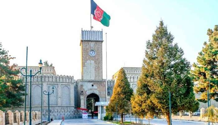 Video:ঈদের প্রার্থনা চলাকালীন আফগান President Palace-এ রকেট হামলা