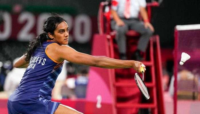 Tokyo Olympics: নক আউটে PV Sindhu, স্ট্রেট গেমে হারালেন হংকংয়ের প্রতিপক্ষকে
