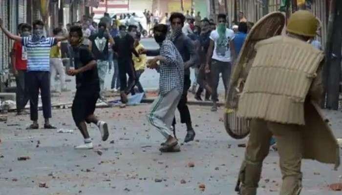 ৩৭০ ধারা বাতিলের পর 'শান্ত' সোপিয়ান, মূল স্রোতে ফিরছে Kashmir-এর একাংশ