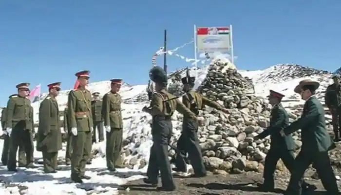 India-China: উত্তেজনা অব্যাহত Ladakh-এ, সীমান্তে সেনা সরানো নিয়ে আজ বৈঠকে ভারত-চিন