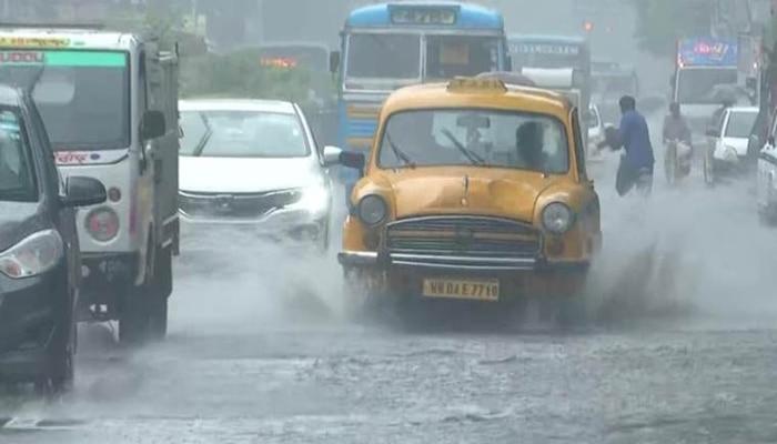 Weather Update: আজও জারি থাকবে বৃষ্টি, বাড়বে অস্বস্তিও, কী জানাল আবহাওয়া দফতর?