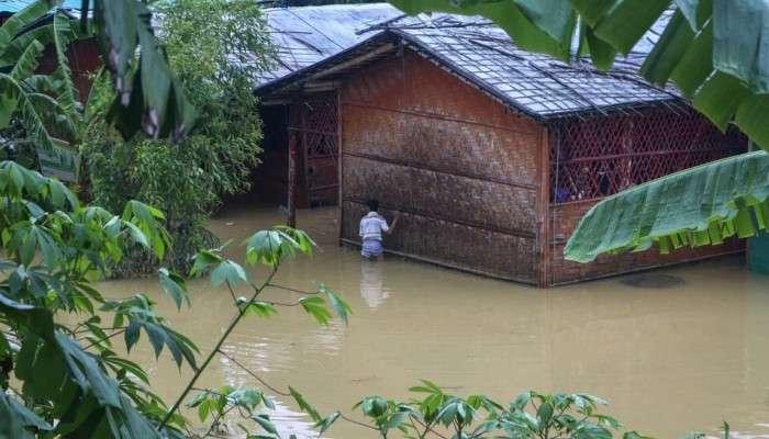 Bangladesh Rohingya camps: বন্যা কেড়ে নিল হাজার বাংলাদেশি রোহিঙ্গার ঘর