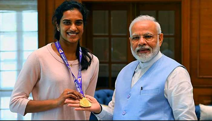 PV Sindhu: প্রধানমন্ত্রীর সঙ্গে এবার সিন্ধু আইসক্রিম খাবেন! বলছেন বাবা পিভি রামান