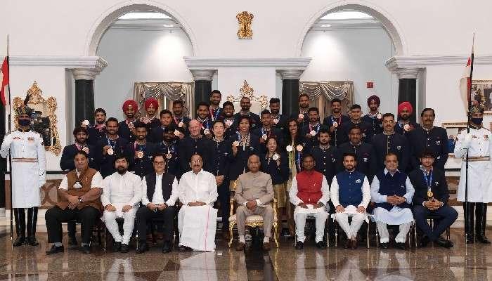 Neeraj থেকে Sindhu, রাষ্ট্রপতির সঙ্গে দেখা করলেন Olympics ফেরত ভারতীয় অ্যাথলিটরা