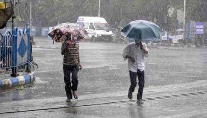 Weather Today: ঘূর্ণাবর্তের জোড়া জের! কলকাতা-সহ জেলায় জেলায় ফের ভারী বৃষ্টির ভ্রুকুটি