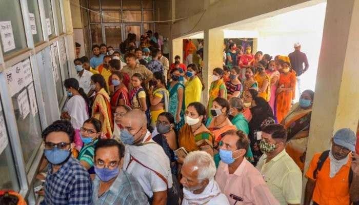 Covid-19 Endemic: এবার থেকে করোনা নিয়েই 'ঘর করতে' হবে ভারতীয়দের