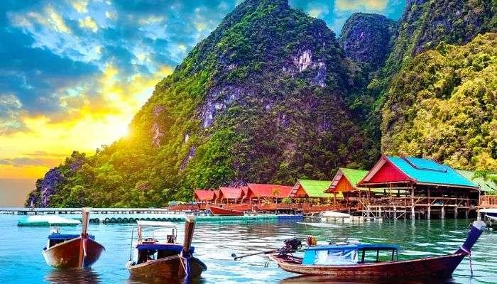 Travel Blog: দুর্গাপুজোর লম্বা ছুটিতে আপনিও চাইলে ঘুরে আসতে পারেন Bangkok