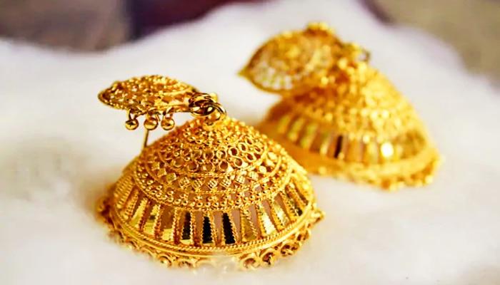 Gold Price Today: সুখবর! উৎসবের মুখে স্বস্তি, বুধবার শহরে আরও কমল সোনার দাম