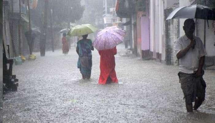 Weather Today: ঝেঁপে আসছে বৃষ্টি, কয়েক ঘণ্টার মধ্যে একাধিক জেলায় ভারী বর্ষণের সতর্কতা