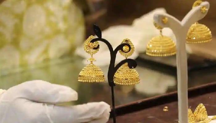 Gold Price Today: বৃহস্পতিবার ফের দাম বাড়ল সোনার, সস্তা রুপো, জেনে নিন দাম