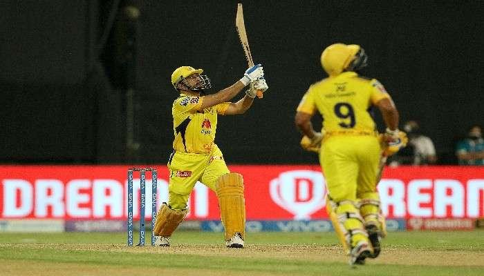 IPL 2021, CSKvsSRH : হায়দরাবাদকে ৬ উইকেটে হারিয়ে প্লে-অফে চলে গেল Dhoni-র Chennai Super Kings