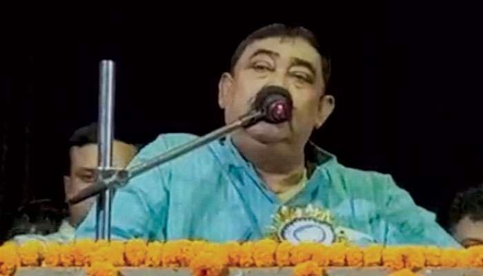 Visva Bharati: প্রচুর নেশা করছে বিশ্বভারতীর ছেলেমেয়েরা, রবীন্দ্রনাথ বেঁচে থাকলে সুইসাইড করতেন: অনুব্রত