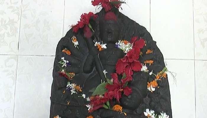 #উৎসব: জালে উঠে এলেন কষ্টিপাথরের 'রাজবল্লভী', চুরি করতে পারল না ডাকাতদল