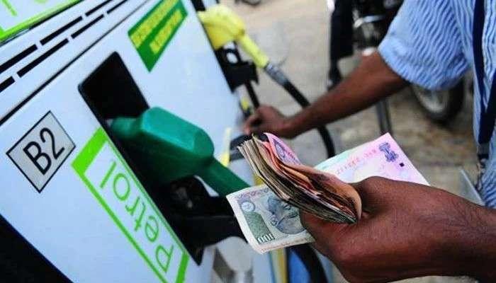 Fuel Price Hike: জ্বালানীতে অলক্ষ্মীর ছায়া! ফের পেট্রলের দামবৃদ্ধি, কলকাতায় সেঞ্চুরি থেকে কিছু দূরে ডিজেল